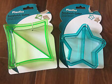 NEW 2 plastic SANDWICH PANCAKES COOKIE CUTTERS shapers crust STAR TRIANGLES lot