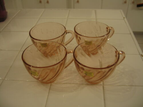 Beautiful Vintage Set Of 4 Cups Tags Unused Arcoroc France Pink Swirl Rosaline