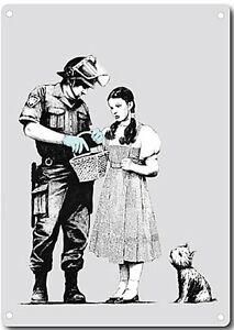 Banksy-Policeman-And-Dorothy-Metal-Wall-Sign-200mm-x-140mm-2f