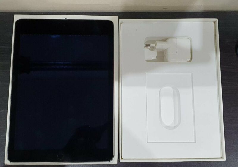 Ipad air 2 wifi and cellular 64gb DEMO ICASA APPROVED