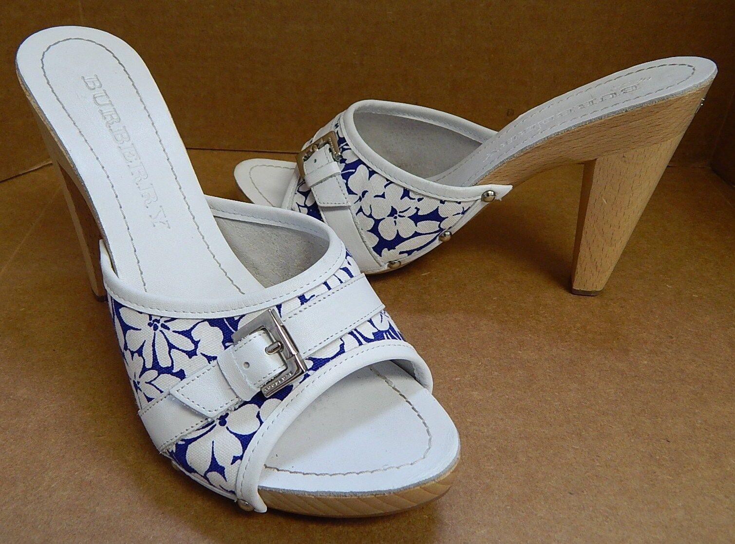 Burberry Weiß 39 8.5M Weiß Burberry Blau Floral Wood Slide Heels dc4a22