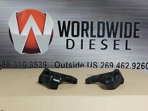 Detroit DD15 Rear Flywheel Mounts, P/N: 01-31372-000. Set of 2