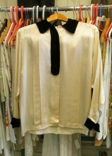 Vintage CHANEL France Ivory Silk Pleated Blouse Sh