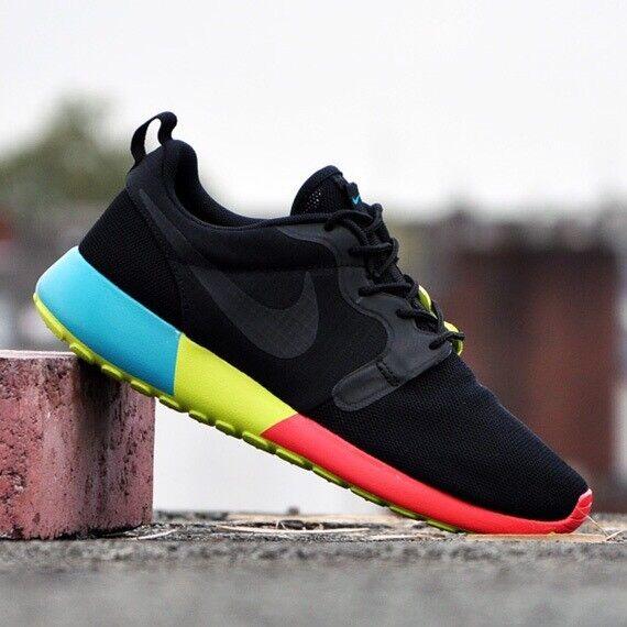 BWMNS Nike Roshe Run HYP Hyperfuse Size 11US  100%athentic