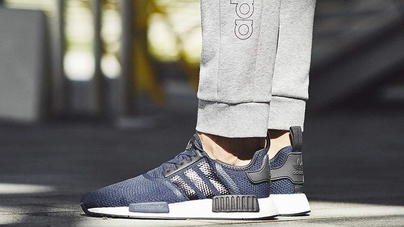 "Exclusive adidas NMD_R1 ""MidNight Navy White"" Men Trainer BB1356 (PTI)"