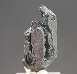 5638-Haematit-hematite-Pseudomorphose-Magnetit-Argentinien-Vulkan-Payum-Matru