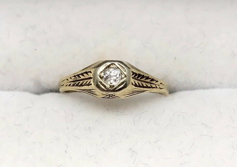 Vintage 14k gold Victorian Baby Or Pinky Ring Mine Cut Diamond