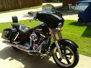 Tsukayu Batwing GPS Fairing For Harley H-D FLD Dyna Switchback ...