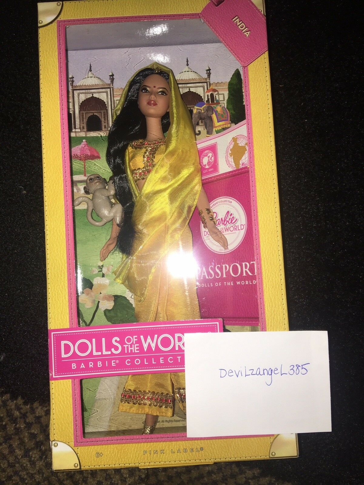 Nuevo Lote De Barbie India pasaporte, princesa de la India & Diwali Barbie