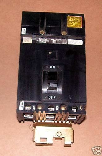 x Square D 20 Amp ILine Circuit Breaker FA36020