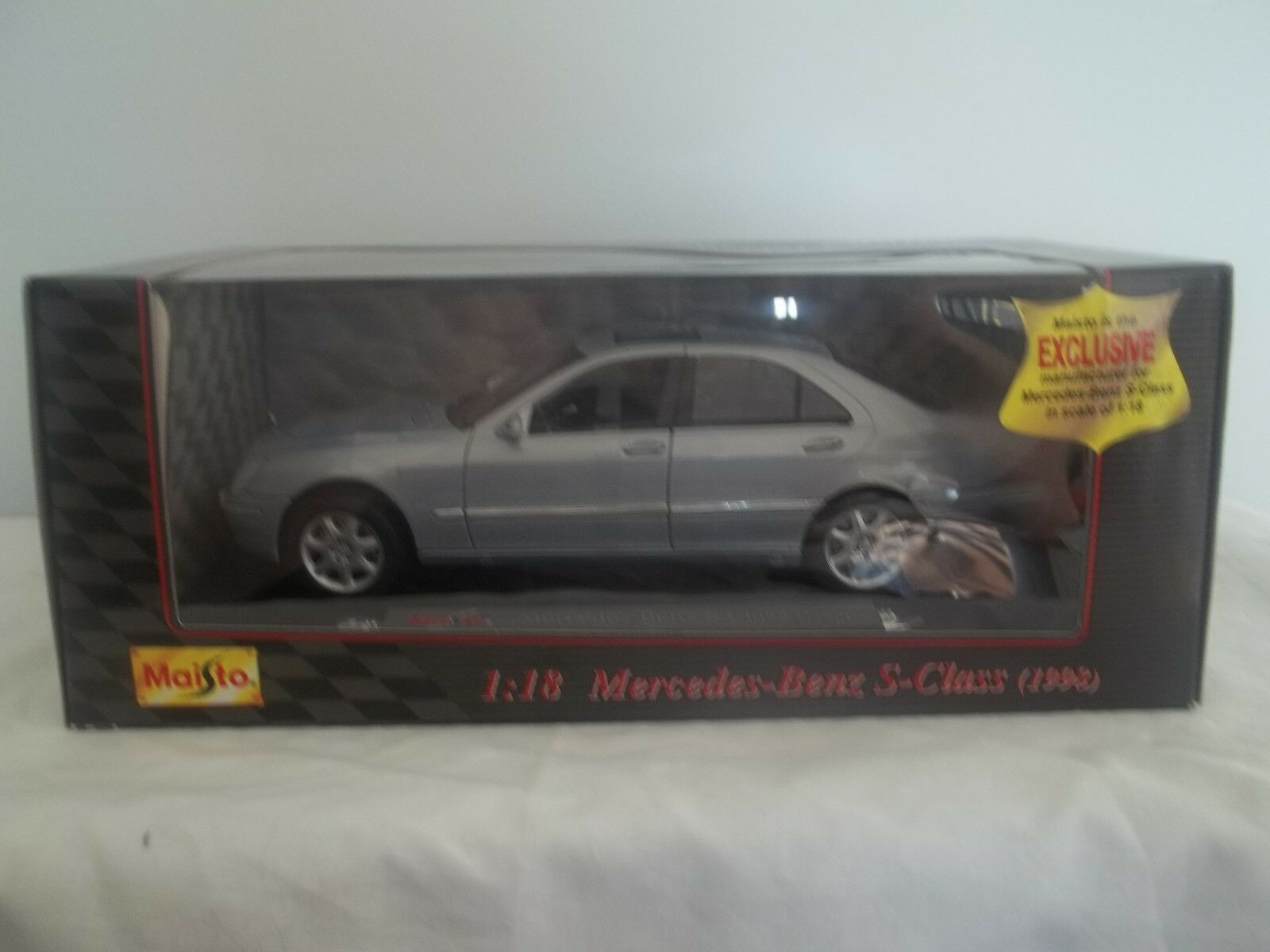 Maisto Special Edition 31855 MERCEDES BENZ CLASSE S 1998 argent 1 18 Comme neuf & Boxed