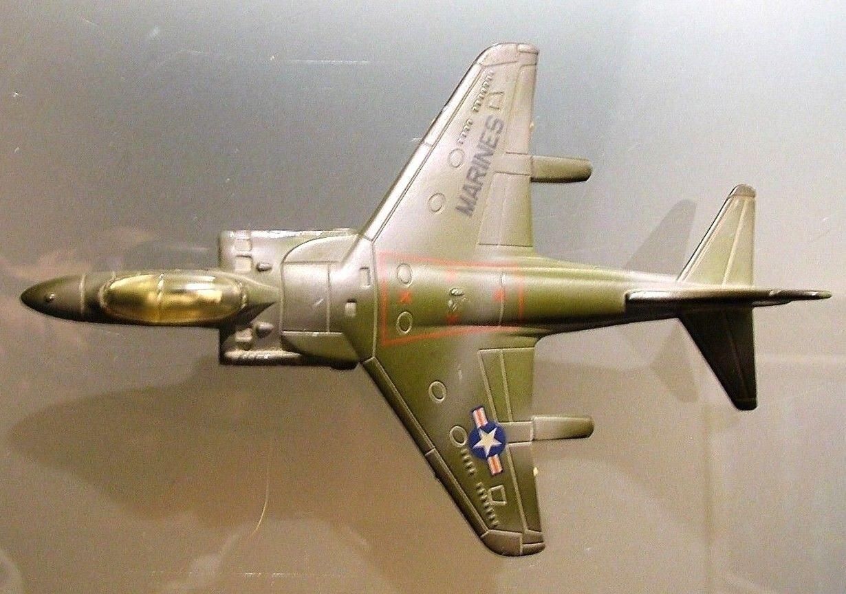 ERTL Dyersville Iowa UTILISATION WH 158 Marines modèle Avion métal années 80