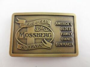 Vintage-1919-1994-Mossberg-Gun-amp-Firearm-Maker-Ad-Belt-Buck-75-Yr-Commemorative