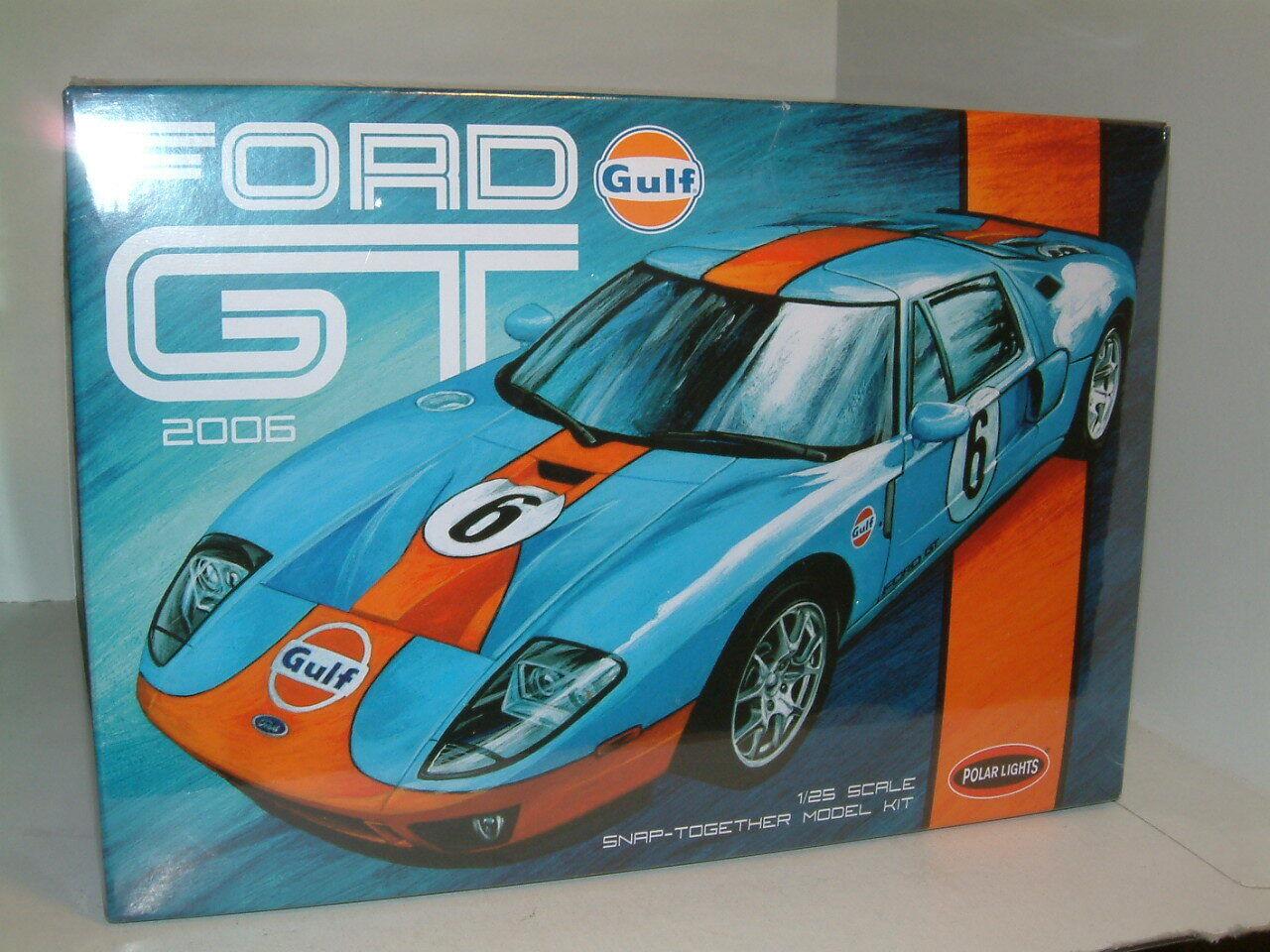 1 25 FORD GT, 2006, RETRO 'GULF ' LEVER.,POLAR ljusS PLASTIC KIT