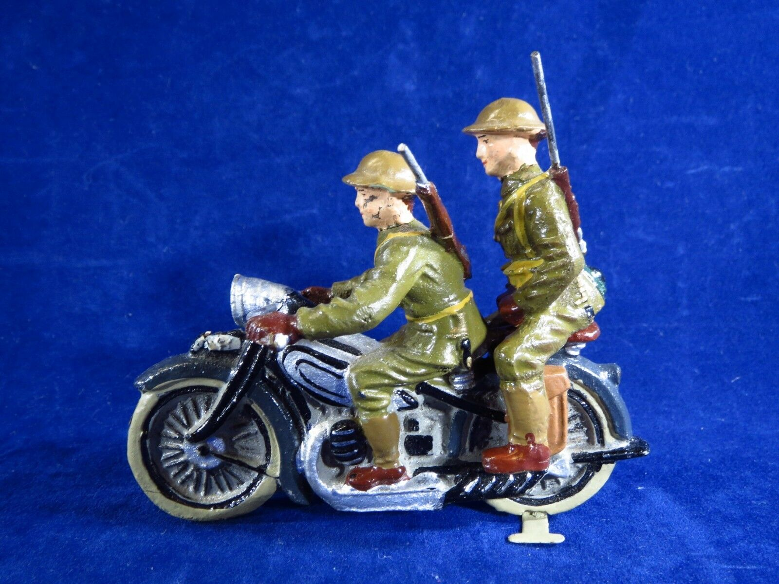 Elastolin or Lineol composition motorcycle, w 2 American Soldier riders