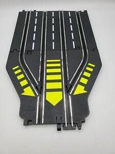 Vintage ARTIN 1/43 Slot Car Track 4 Lane To 2 Lane Return Track 2 Pieces