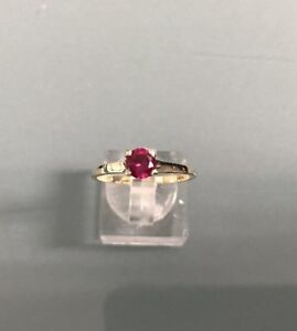 Women-039-s-9ct-Gold-Vintage-Synthetic-Ruby-Solitaire-Ring-Weight-1-7g-Size-P-1-2