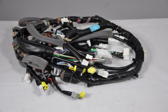 2004 2005 Nissan Armada SE Main Instrument Panel Wire Wiring Harness Armada Dvd Wiring Harness on engine harness, pony harness, cable harness, oxygen sensor extension harness, maxi-seal harness, pet harness, alpine stereo harness, fall protection harness, suspension harness, radio harness, amp bypass harness, safety harness, swing harness, electrical harness, nakamichi harness, battery harness, dog harness, obd0 to obd1 conversion harness,