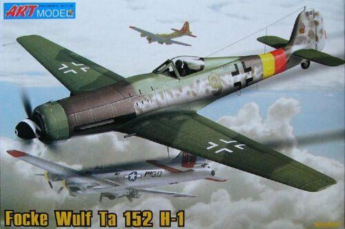 resin details. Focke Wulf TA 152 H-1 German Interceptor 1:72 ART Model #7204