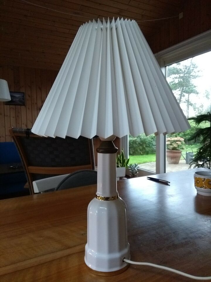 Anden bordlampe, Heiberg Søholm 1.sortering