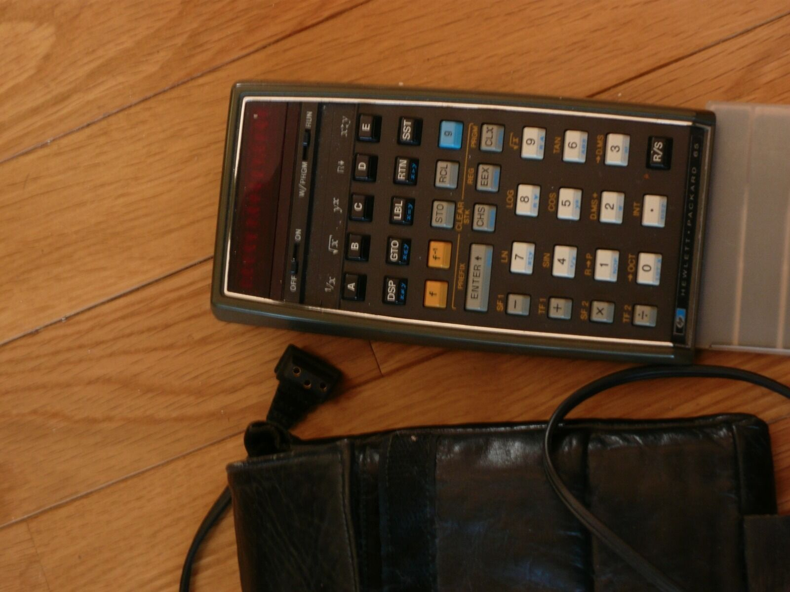 HP 65 scientific calculator-charger, case, manual, & cards