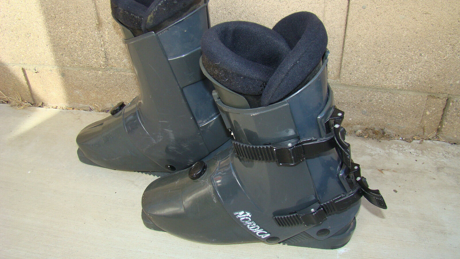 Nordica Ski Boots  Size  24 Made In