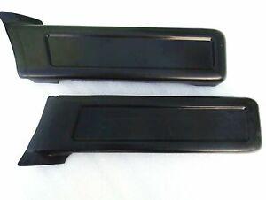 Suzuki-Samurai-Sierra-Gypsy-hintere-Stossdaempfer-Schutz-Abdeckung-Ende-lh-Rh-be