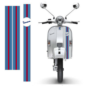 Adesivi-Vespa-sticker-Strisce-martini-racing-scontornate-cropped-3-pz