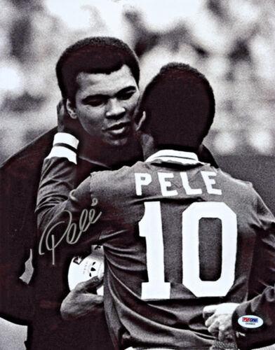 Autographed PSA//DNA COA Pele Signed 11x14 Soccer Photo Hugging Muhammed Ali
