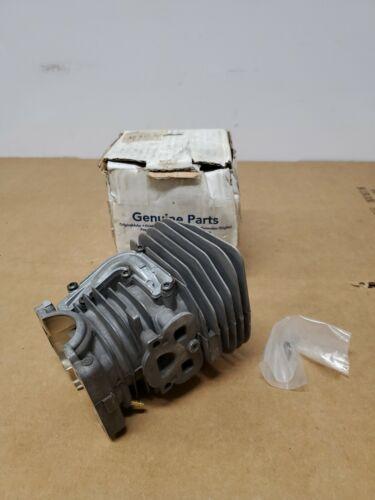 R20 455 E Cylinder And Piston Assy 537320402 OEM Husqvarna 455 Rancher