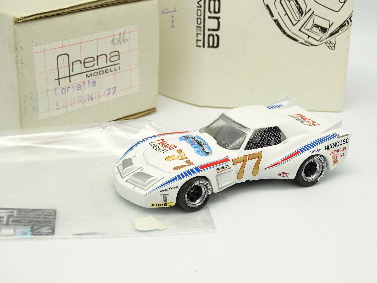 Arena set to assemble 1 43 - Chevrolet Corvette Sebring 1977