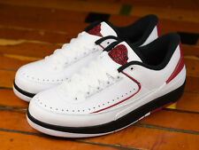 2016 Nike Air Jordan 2 II Retro Low OG SZ 9.5 White Red Chicago Bulls 832819-101