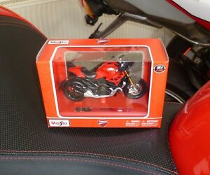 Ducati-Monster-1200-Modell-Maisto-1-18-NEU