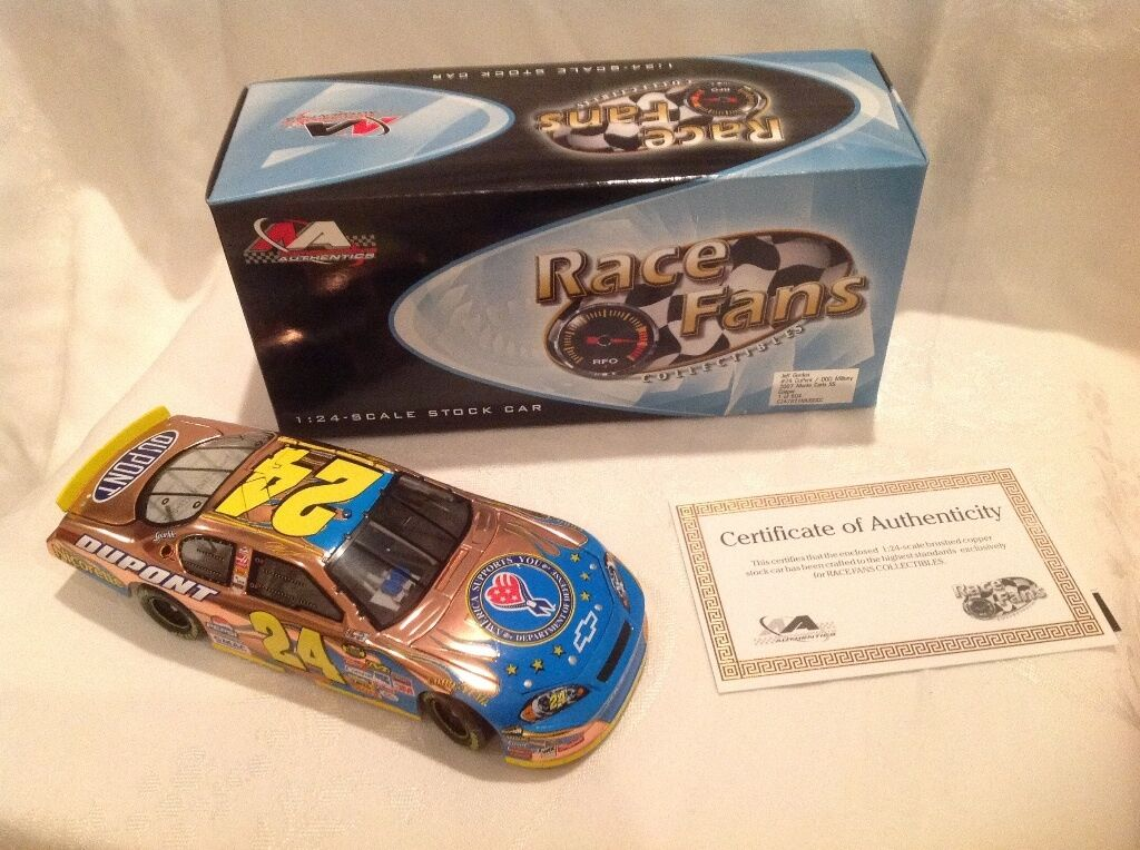 RACE FANS 1:24 SCALE CAR JEFF GORDON 24 2007 DOD MILITARY COPPER NASCAR B16