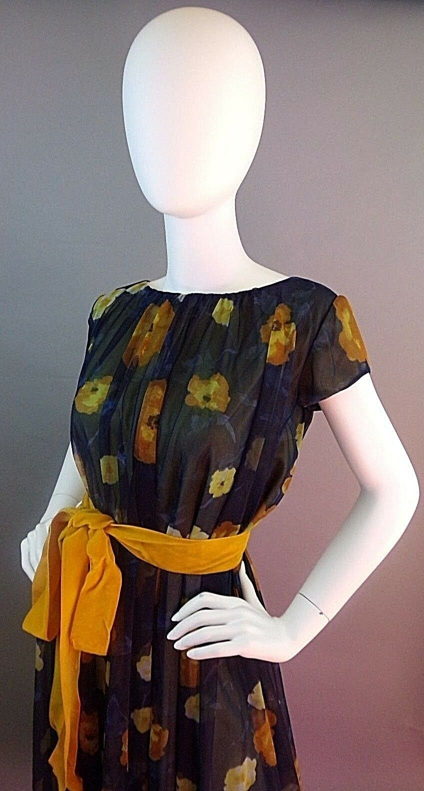 VINTAGE LUCIE ANN BEVERLY HILLS 1950s NIGHTGOWN - image 9