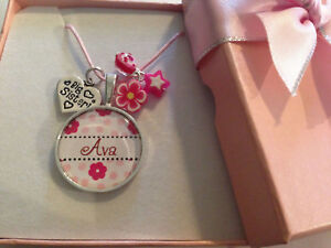 Personalised-ANY-name-choose-charm-pink-flower-gift-pendant-necklace-in-gift-box
