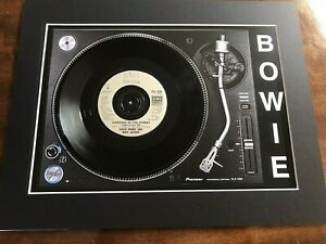 """David Bowie - Dancing In The Street - Genuine 7"""" Single on a Record Player Print"""