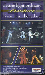ELECTRIC-LIGHT-ORCHESTRA-ELO-JEFF-LYNNE-LIVE-AT-NEW-VICTORIA-THEATRE-IN-LONDON
