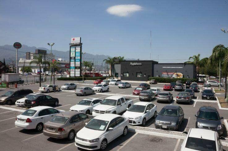 Locales en renta en Plaza Lindavista Monterrey