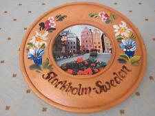 """Vtg Decorative Wooden HANDPAINTED Souvenir Hanging Plate STOCKHOLM Sweden 8.5"""""""