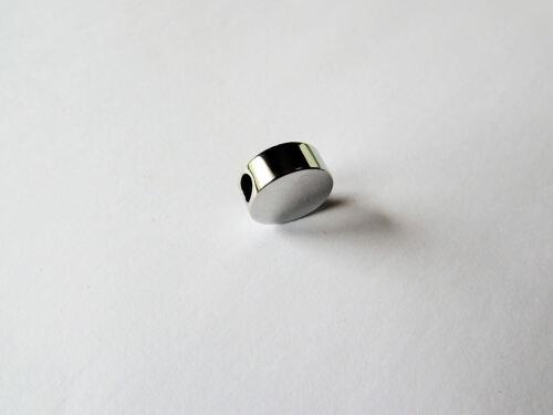 5 X en Blanco Acero Inoxidable Redondo encantos adecuado para Metaza Grabado