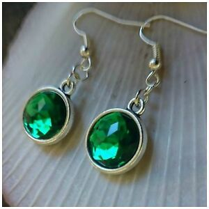 EMERALD-GREEN-Faceted-Resin-F-B-Antique-Silver-Cabochon-Base-Hook-Earrings-OZ