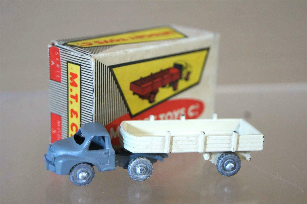 MIDGET TOYS Co 5 SERIES A WAY BOYS LES ROUTIERS TRUCK & TRAILER GREY WHITE ozc