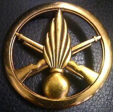 ✚3676✚ FRANCE French army beret cap badge after WW2 GRENADIER INFANTRY