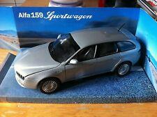 Blitz envío alfa 159 Sportwagon plata//Silver 1:24 Welly modelo coche nuevo embalaje original