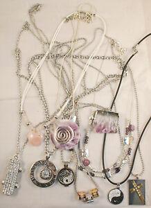 NECKLACES-5-x-assorted-Ladies-necklaces-1-each