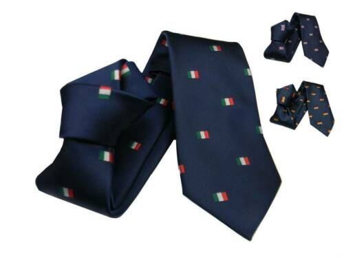 Cravatta blu con bandierine a scelta bandiera italiana tedesca inglese