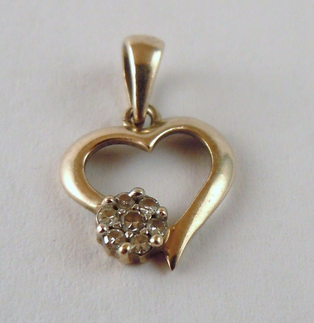 100% Genuine 9ct Solid Yellow gold MHJ Small Heart Outline Pendant with Diamonds
