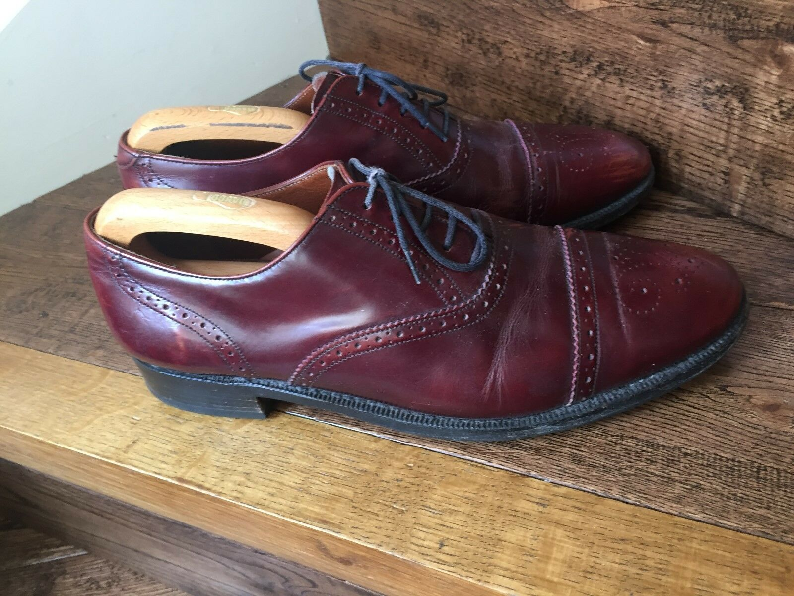 A Lovely Pair of English Brogue 'Barker' of of of Earls Barton Mens Leather schuhe. cb0ec7