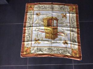 e853cd18f7cb Foulard en soie Vendome Paris carré vintage   eBay